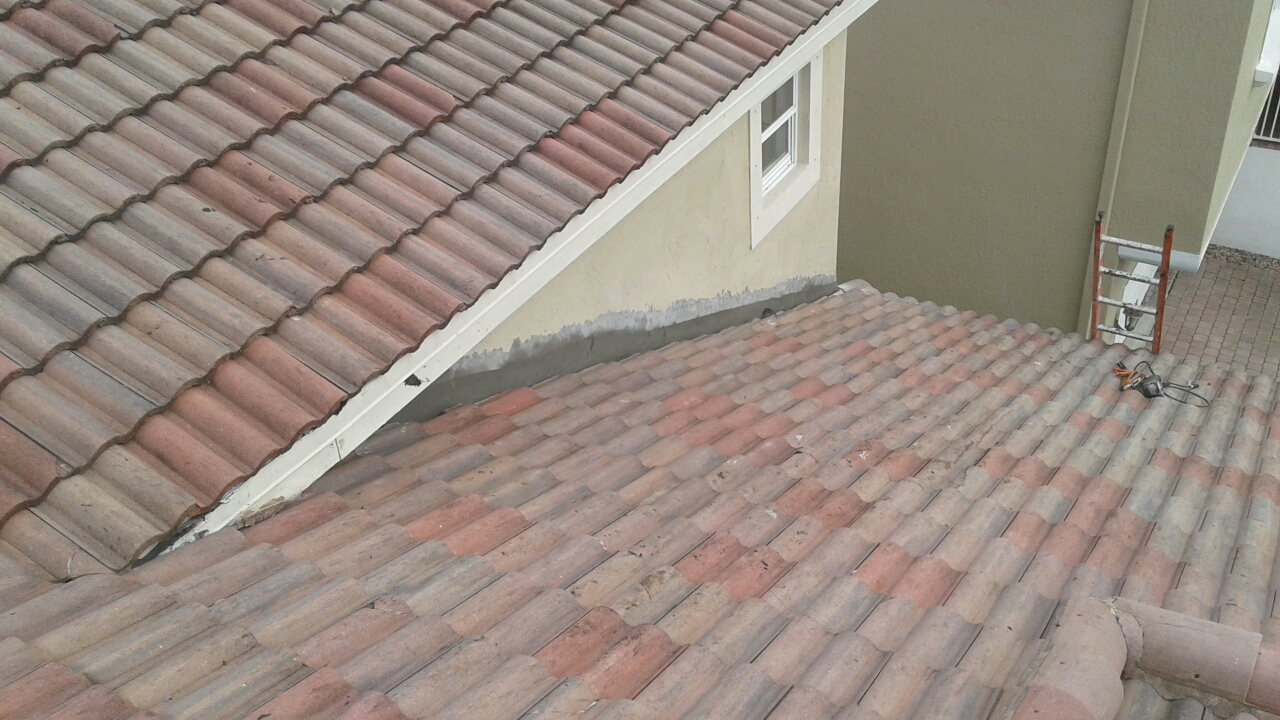 Coral Springs, FL - Mike and Earl Johnston roofing completed a tile repair