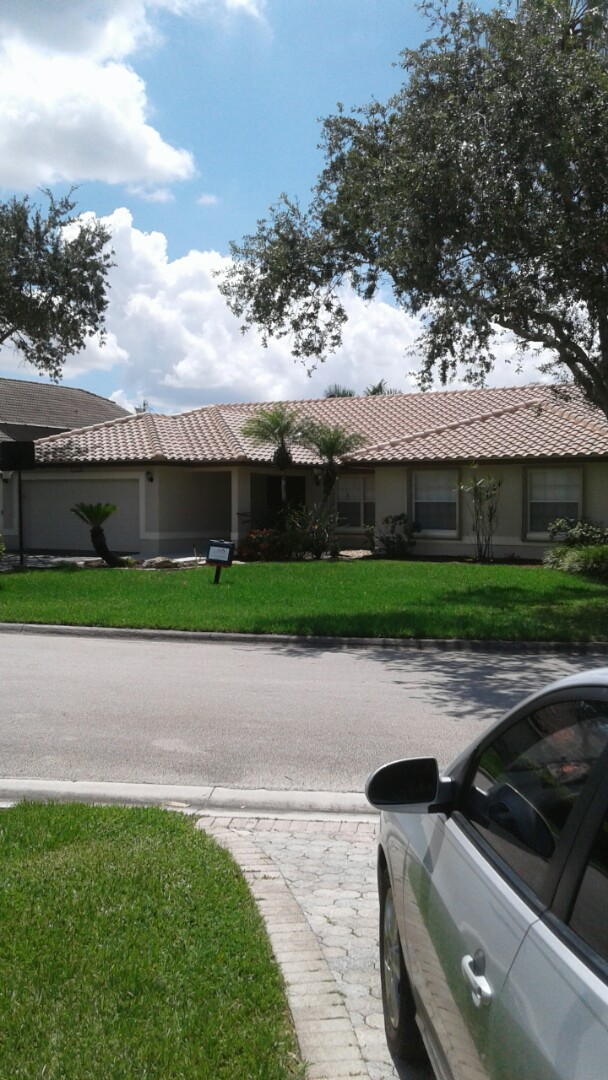 Coral Springs, FL - Finished entegra bella high s roof tile by earl w Johnston roofing llc