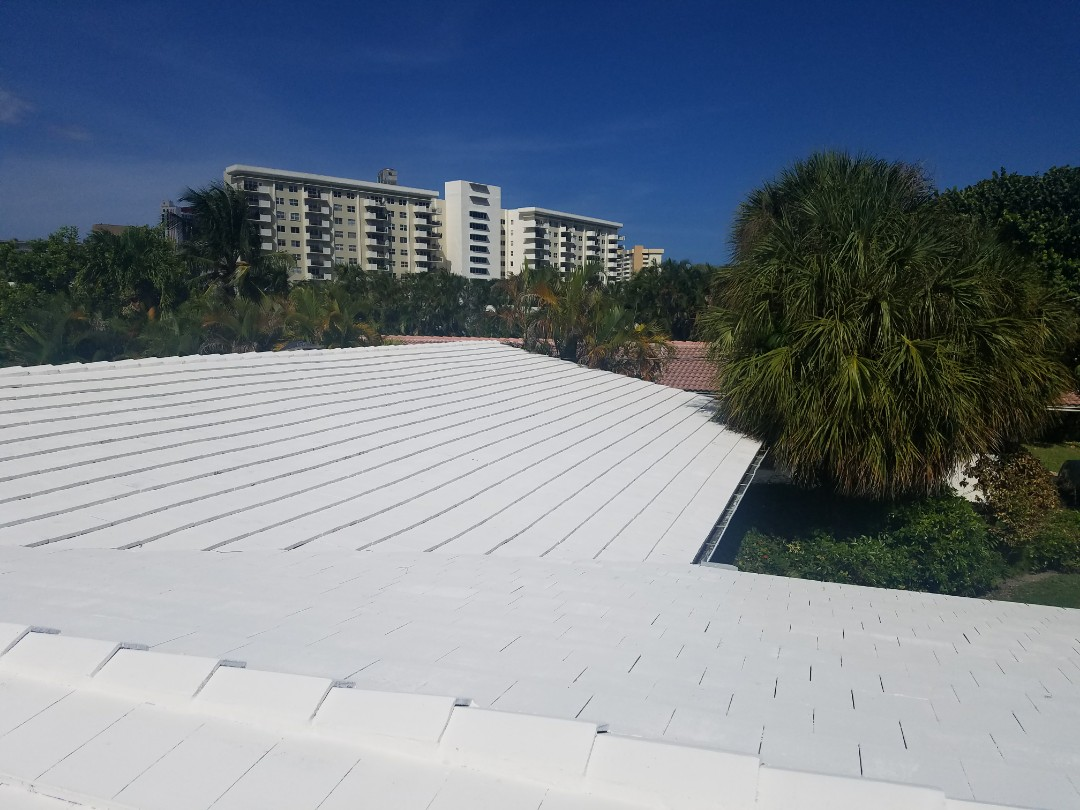 Hallandale Beach, FL - Tile reroof estimate in Hallandale, FL