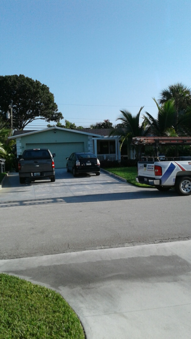 Fort Lauderdale, FL - Tin cap roof anchor sheet ready for inspection. Roof by earl w Johnston roofing llc