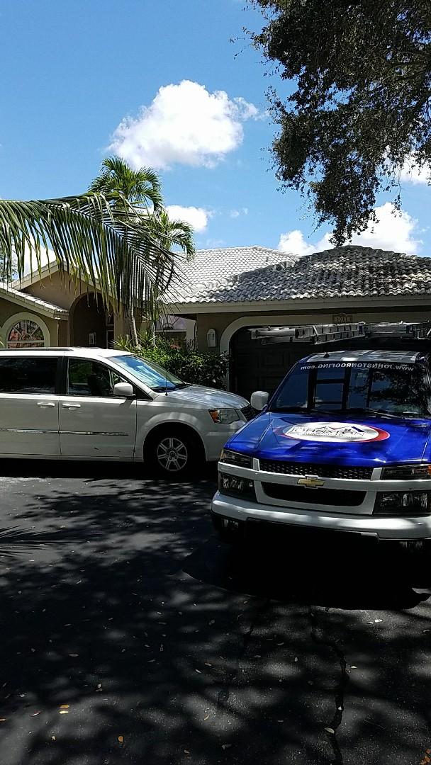 Coral Springs, FL - Flat roof repair estimate by AJ from Earl Johnston Roofing