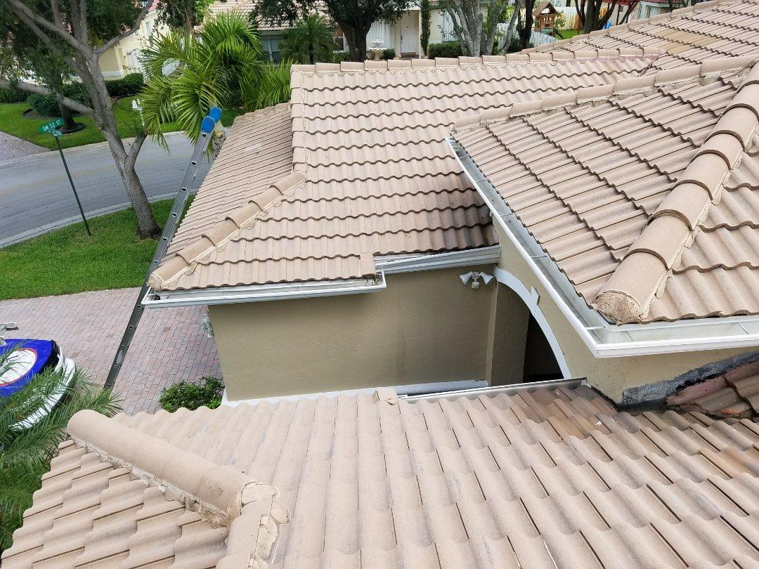 Fort Lauderdale, FL - Tile reroof estimate in Hollywood, FL