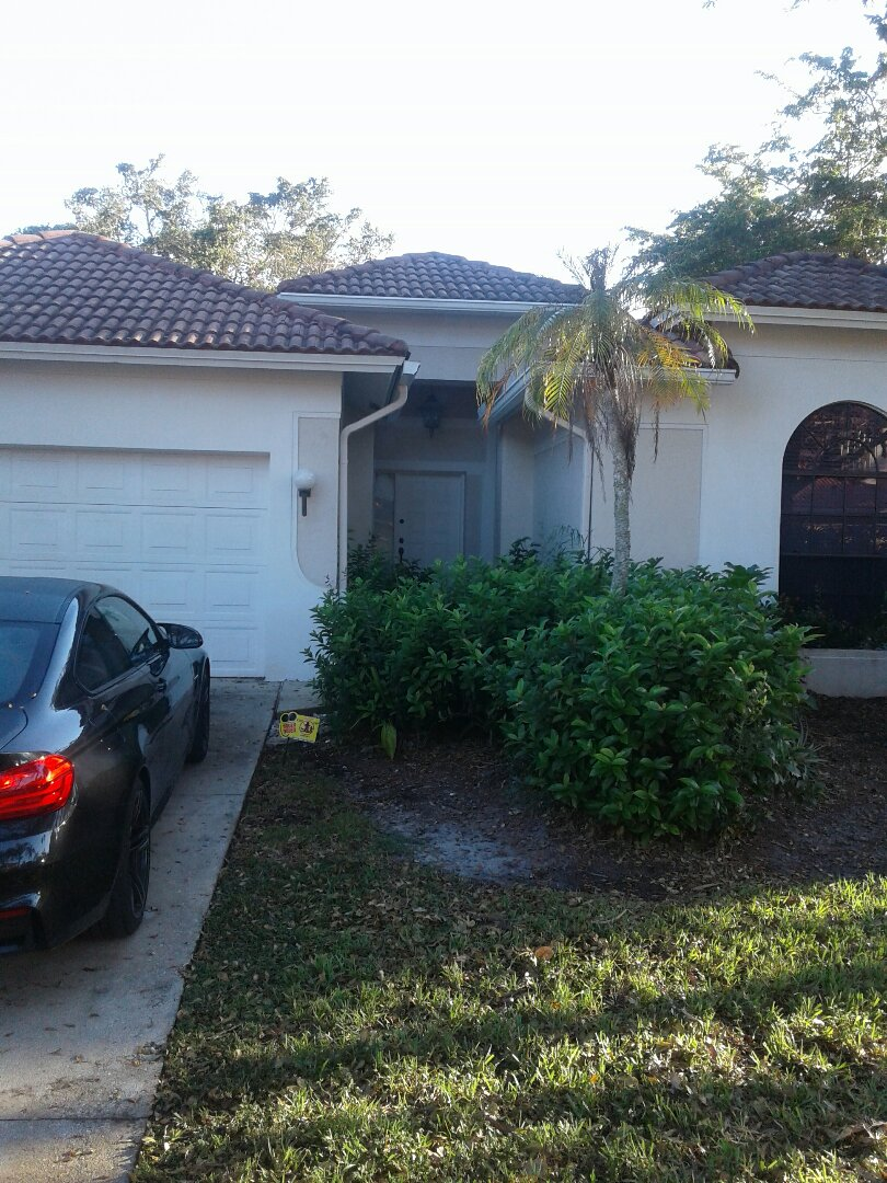 Hollywood, FL - Roof repair in the city of Cooper City Florida this repair is being done by Earl W Johnston roofing company Tony Chris Dwayne and Jose are your repair technicians