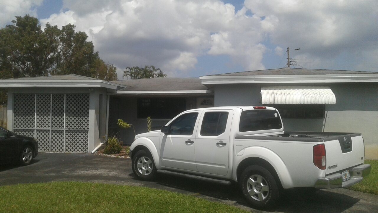 Hollywood, FL - Flat roof repair