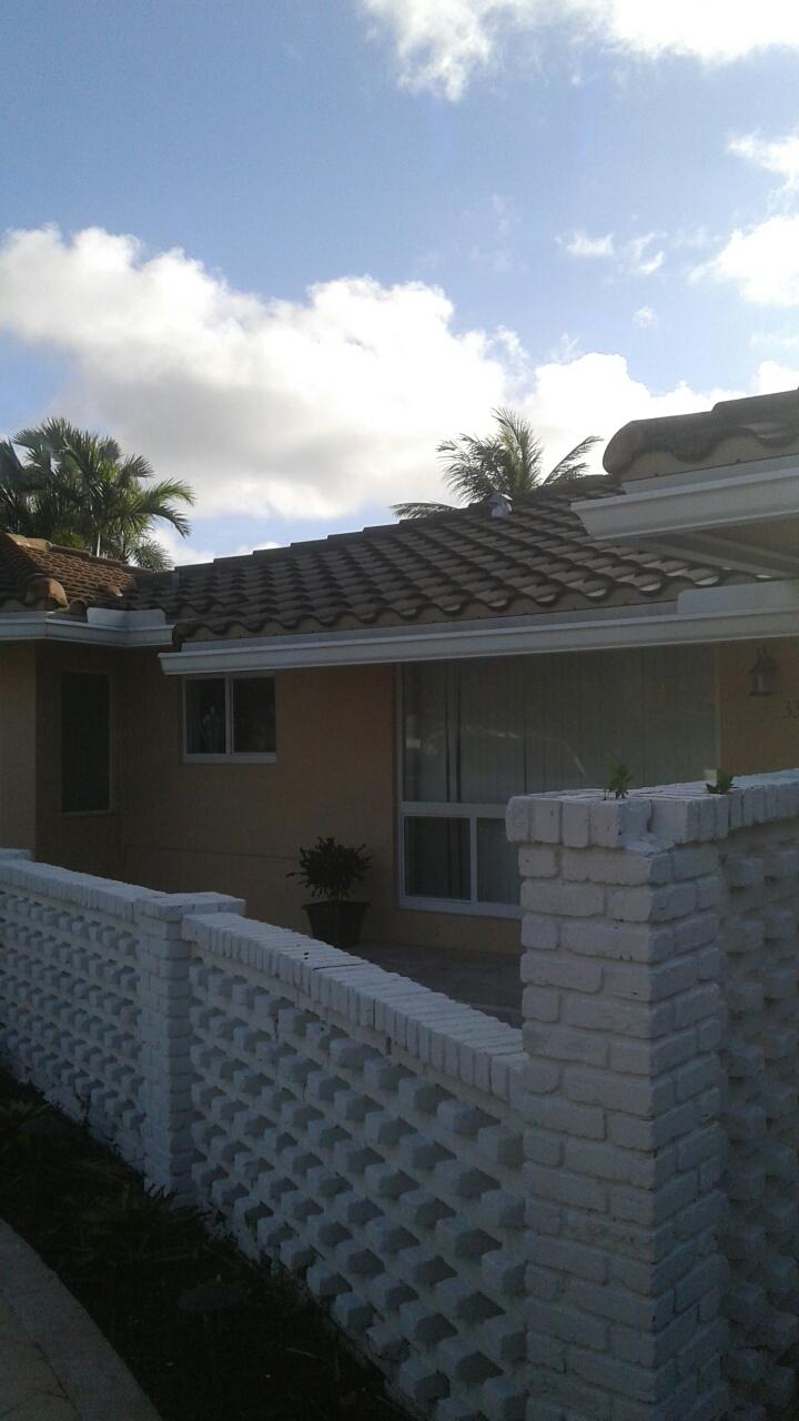 Fort Lauderdale, FL - Tile roof repair