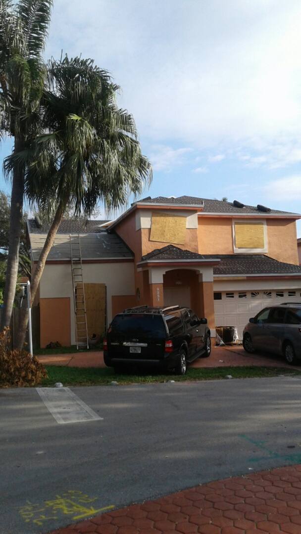 Hialeah, FL - #90 tile underlayment started by earl w Johnston roofing llc  waiting for inspection