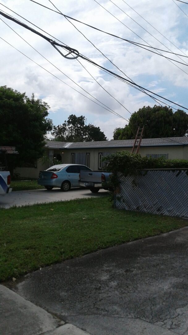 Hialeah, FL - Finished tin cap roof anchor sheet ready for inspection