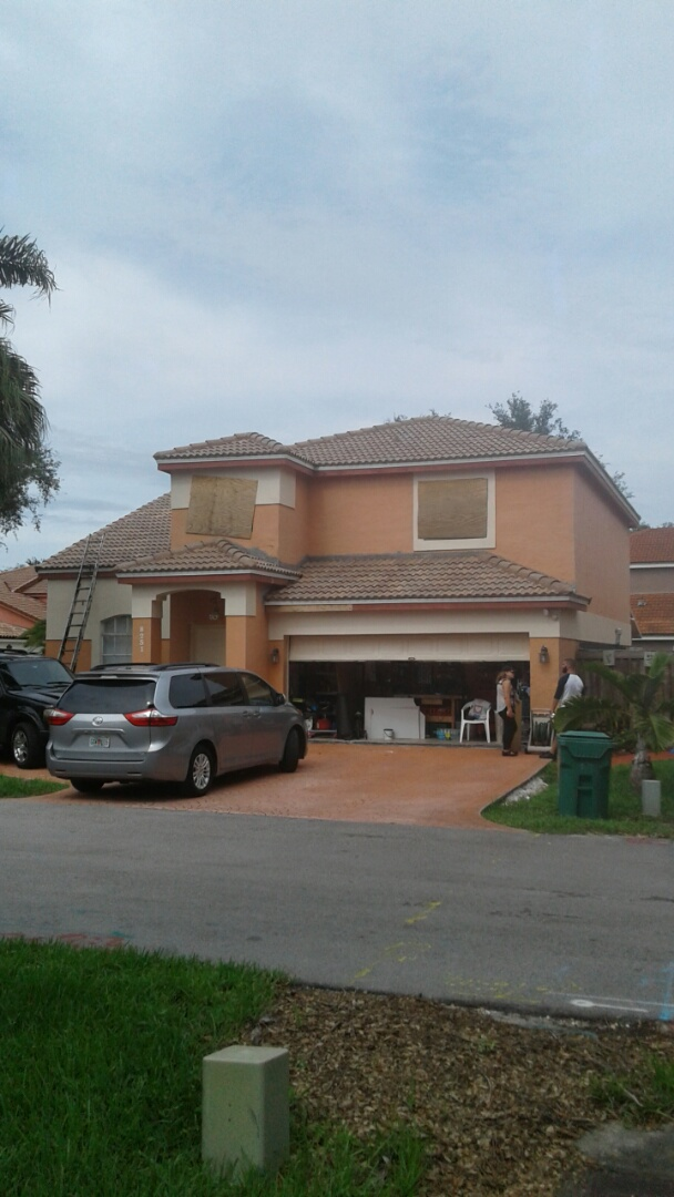 Hialeah, FL - Finished entegra estate s tile roof by earl w Johnston roofing