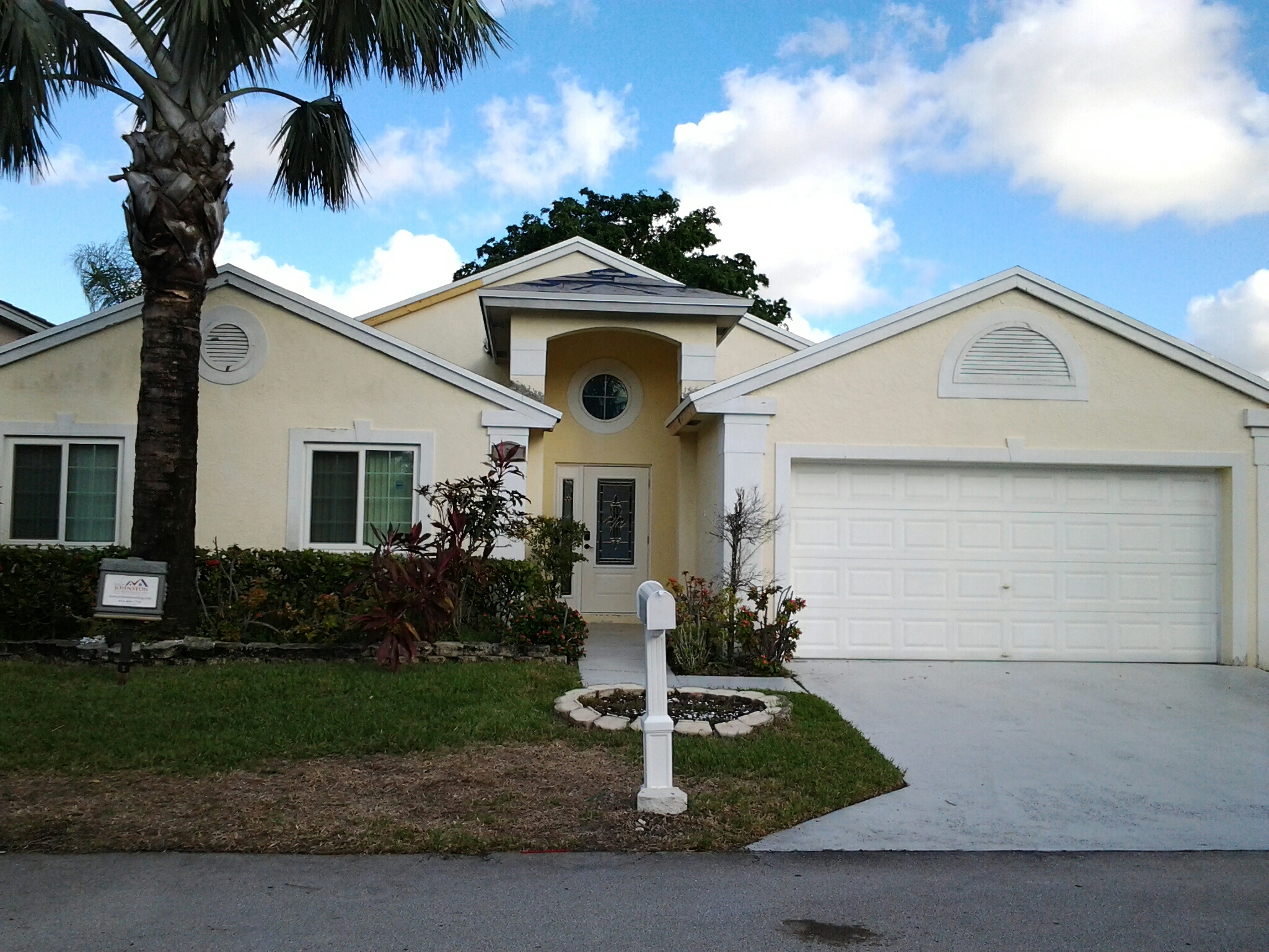 Deerfield Beach, FL - Brandon and Gary completed applying stucco