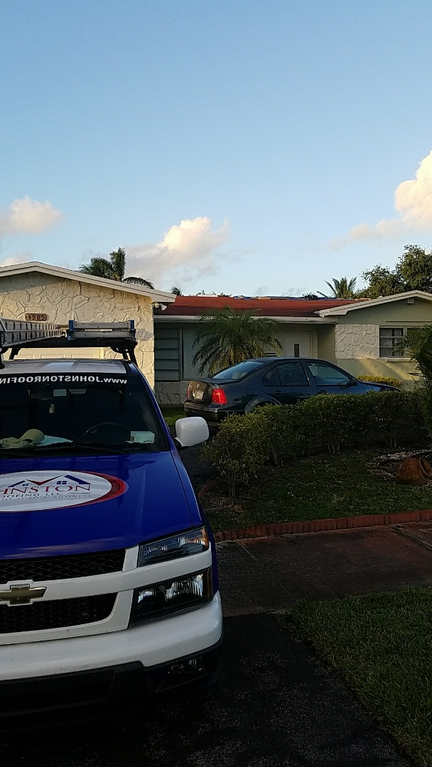 Hollywood, FL - Shingle roof replacement estimate by AJ from Earl Johnston roofing