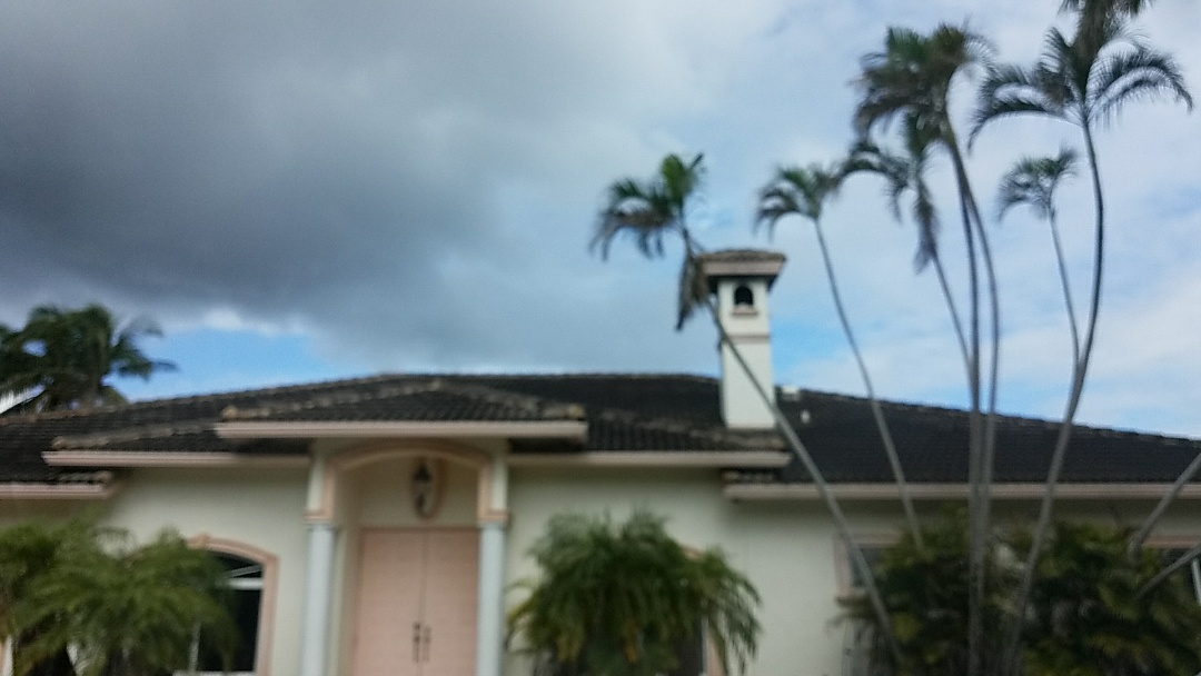 Tile roof replacement estimate in Fort Lauderdale, FL