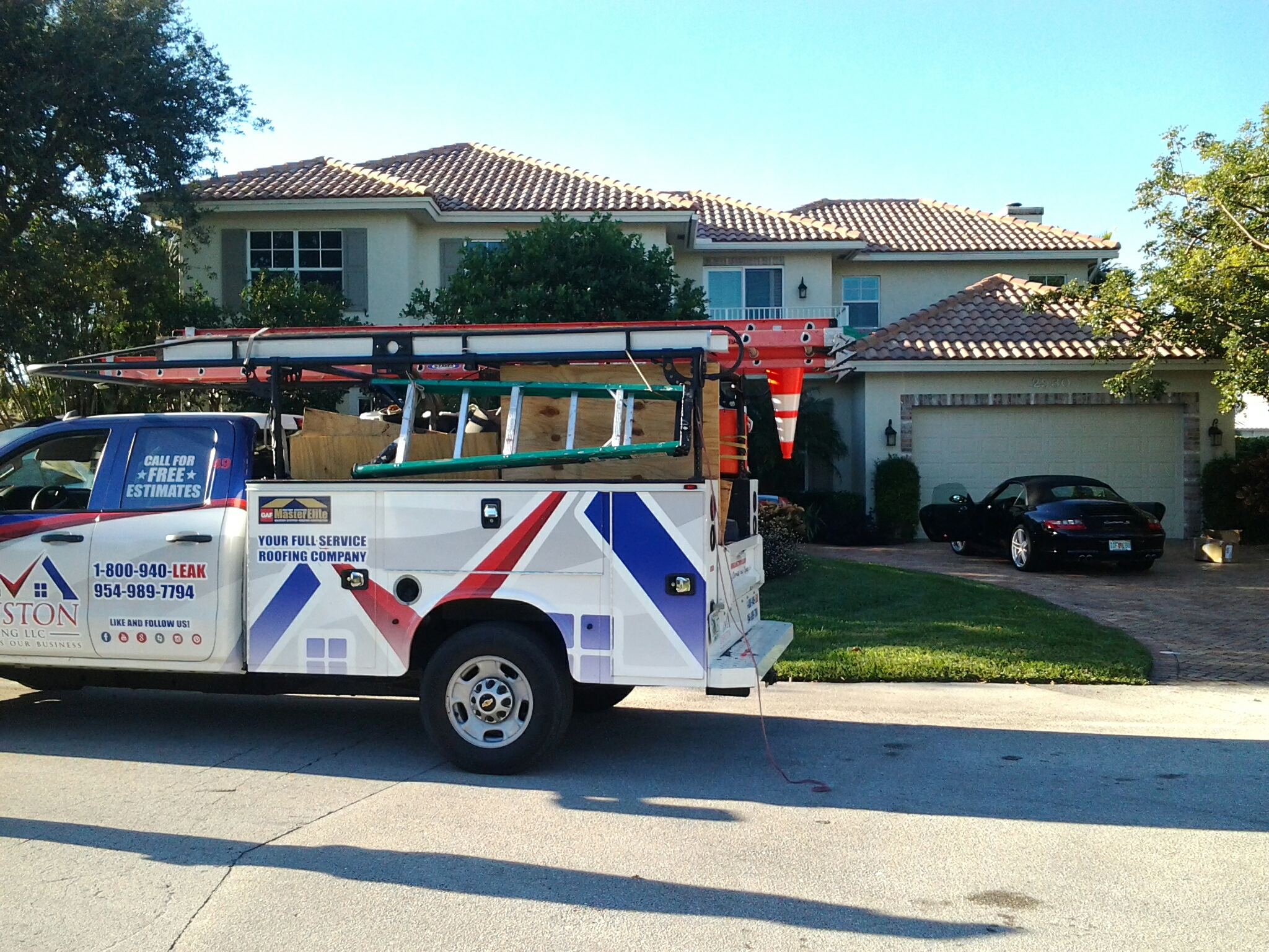 Lighthouse Point, FL - Tile roof repair in the city of lighthouse point fl this repair is being done by Earl w Johnston roofing company Jos? end Duane are you repair technicians