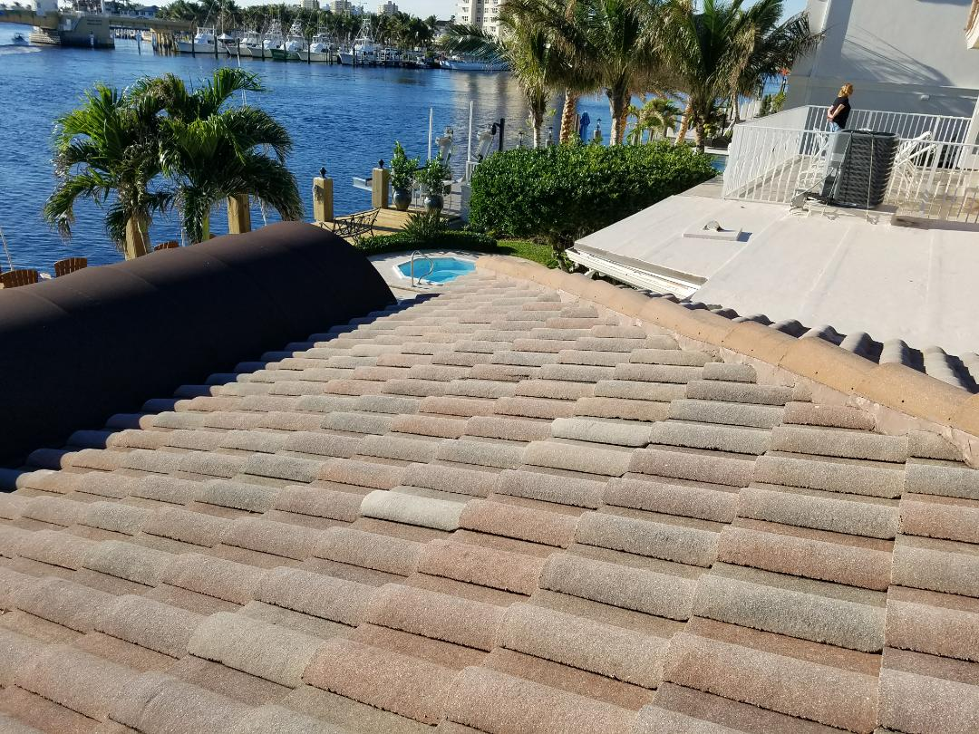 Lighthouse Point, FL - Tile roof replacement estimate in Lighthouse Point ,FL