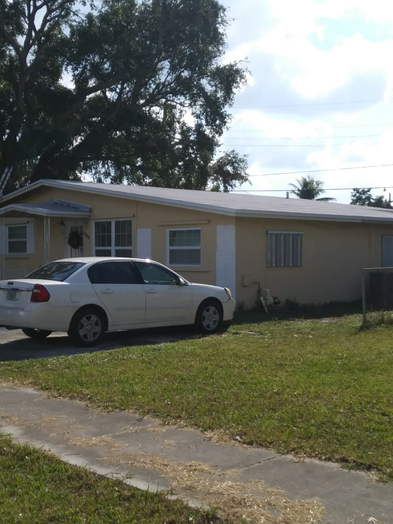 West Park, FL - Finished low sloped roof built up roof by earl w johnston roofing llc