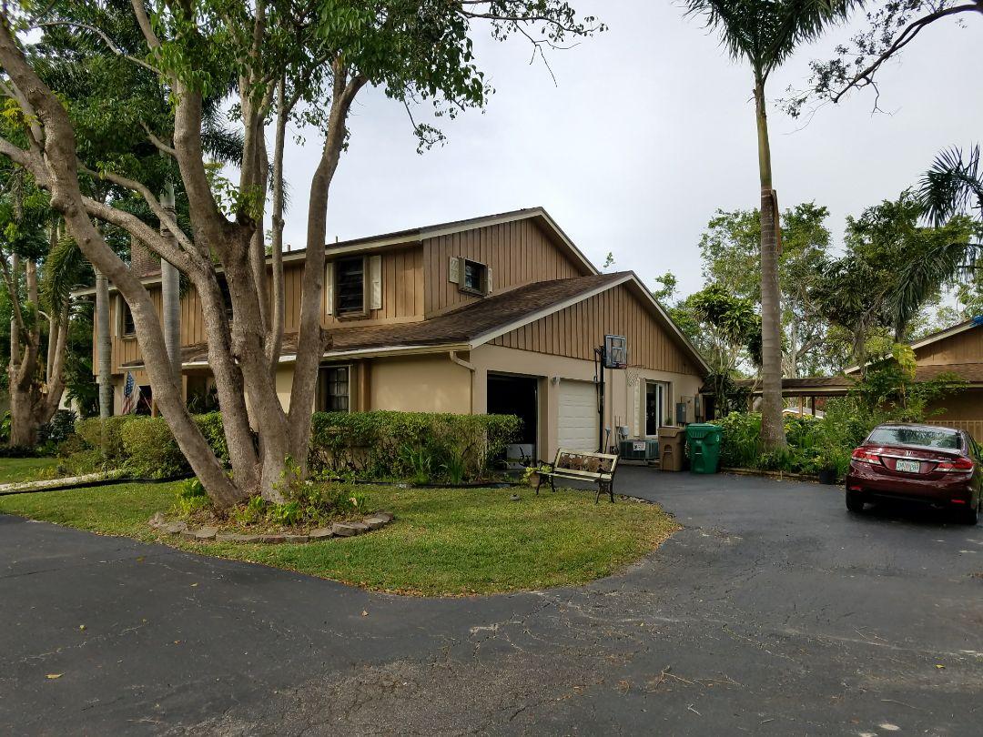 Davie, FL - Shingle roof repair estimate in Davie, FL