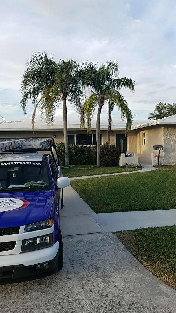 Coconut Creek, FL - Tile roof replacement estimate by Earl Johnston Roofing