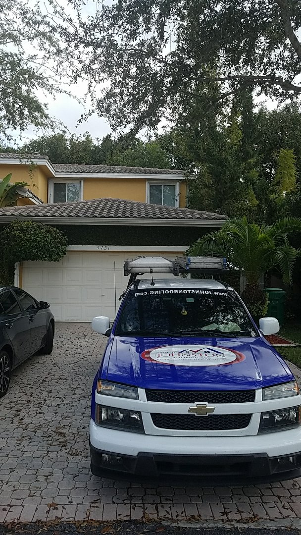 Doral, FL - Tile roof repair estimate by Earl Johnston Roofing