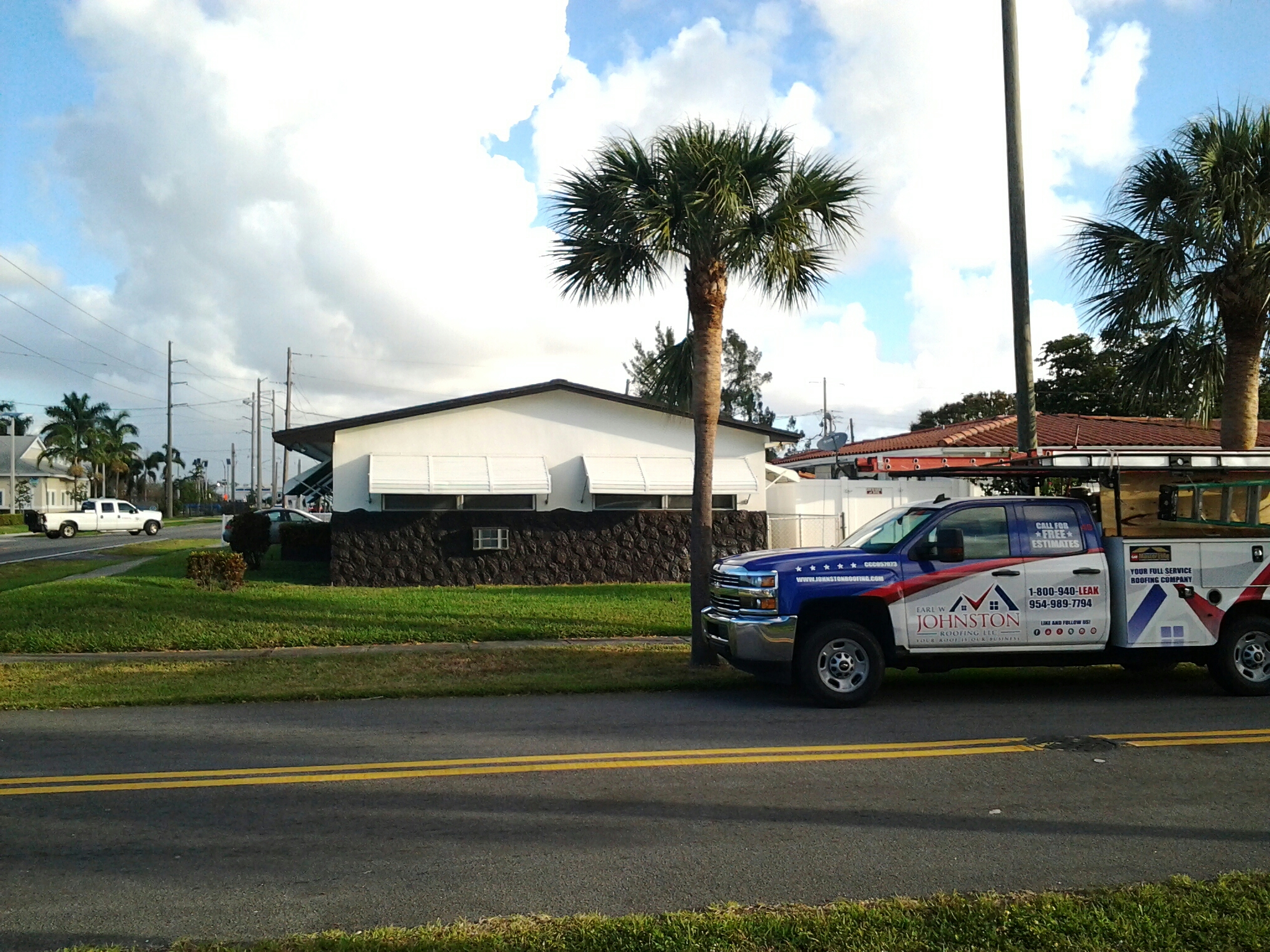 Dania Beach, FL - Shingles roof repair in the city of dania beach fl this repair is being done by Earl w Johnston roofing company Jos? end Duane are you repair technicians