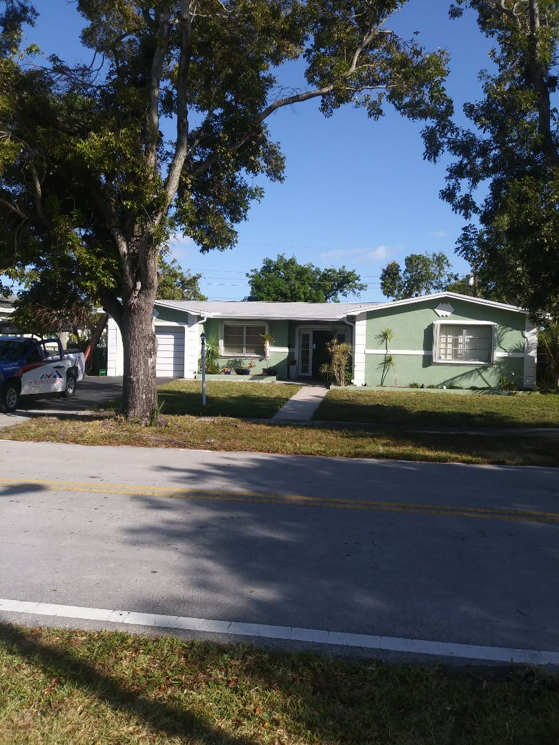 Lauderdale Lakes, FL - Finished gaf royal sovereign shingle and flat roof by earl w johnston roofing llc