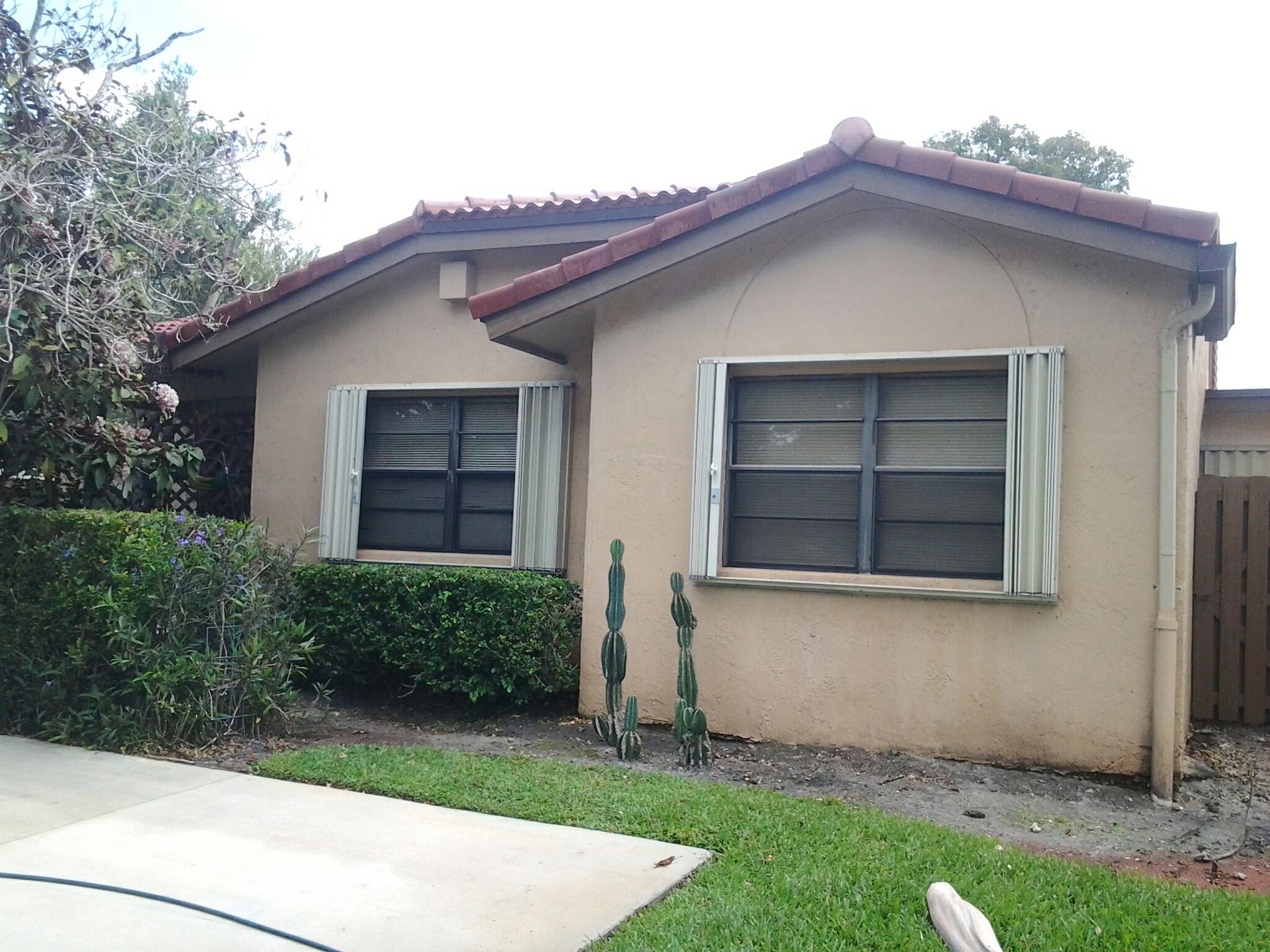 Hialeah, FL - Brandon and Gary finished roof aside