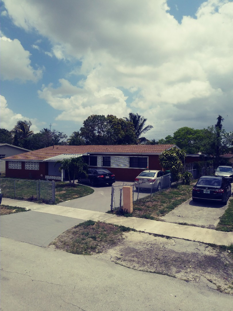 Miami Gardens, FL - Finished gaf timberline shingle and flat roof by earl w johnston roofing llc