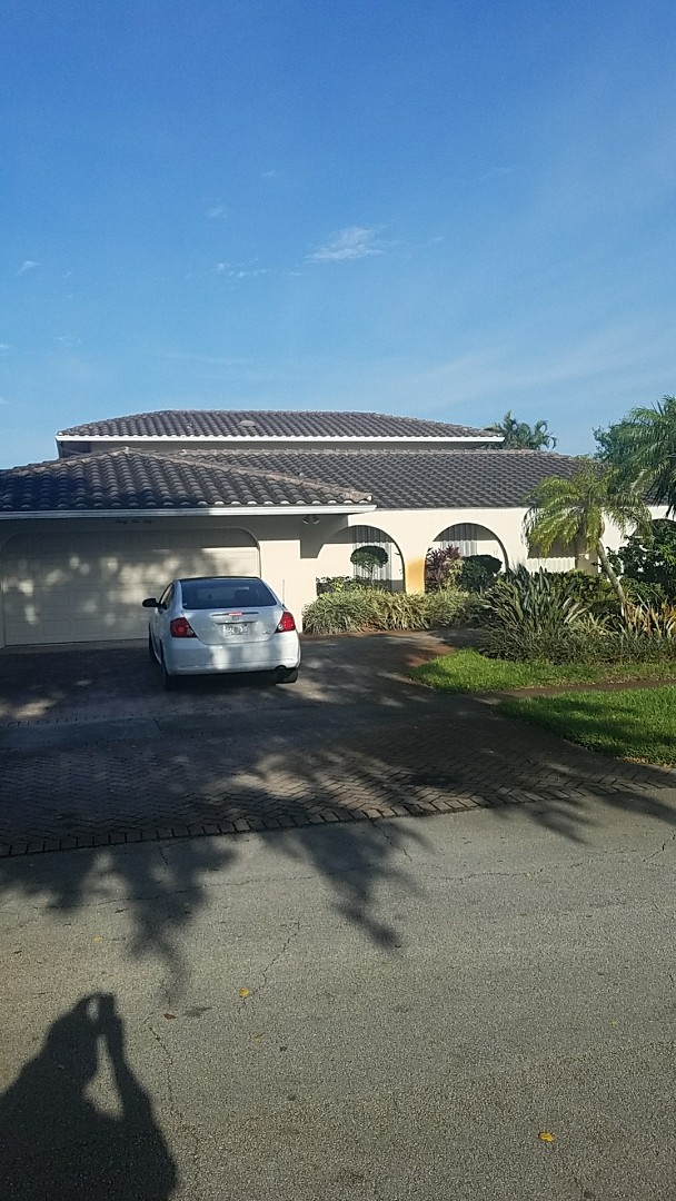 Hollywood, FL - Tile roof leak  repair estimate done by Earl Johnston Roofing Your Full Service Roofing Company