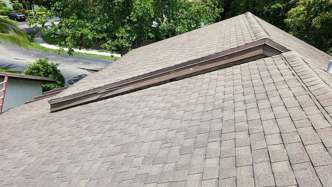 Shingle roof repair estimate in Pembroke Pines, FL