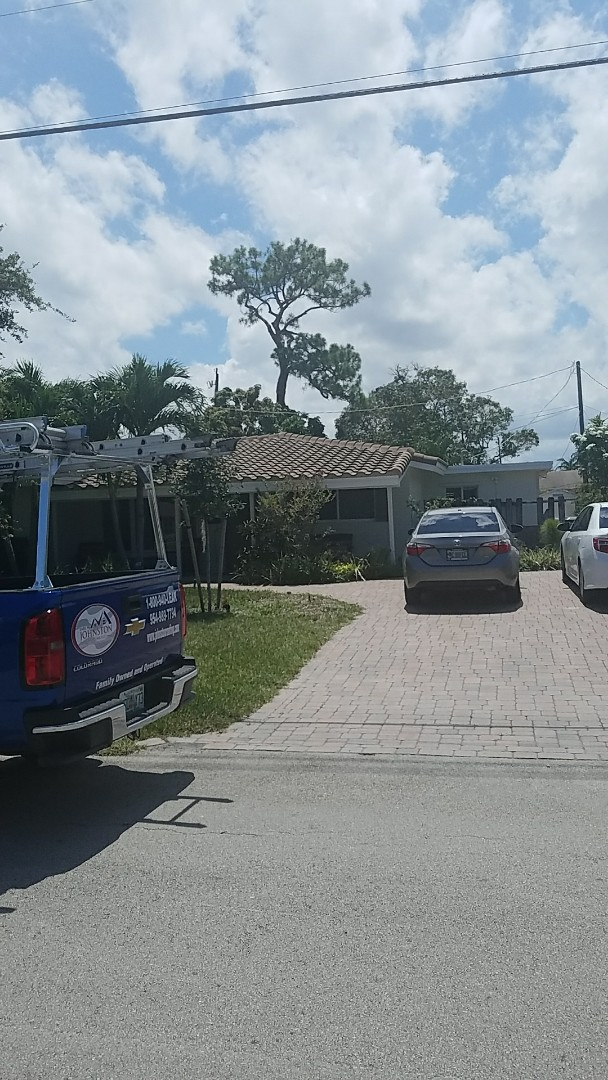 Oakland Park, FL - Flat roof repair estimate by  Earl Johnston Roofing Your Full Service Roofing Company