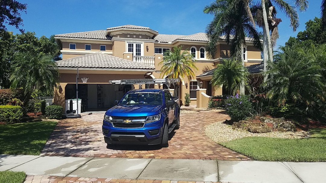 Parkland, FL - Tile roof leak repair estimate by Aj from Earl Johnston Roofing Company