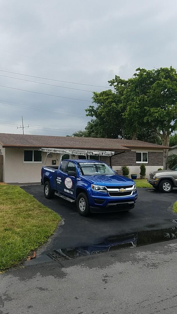 Oakland Park, FL - Eagle Malibu tile reroof estimate by Earl Johnston Roofing Company