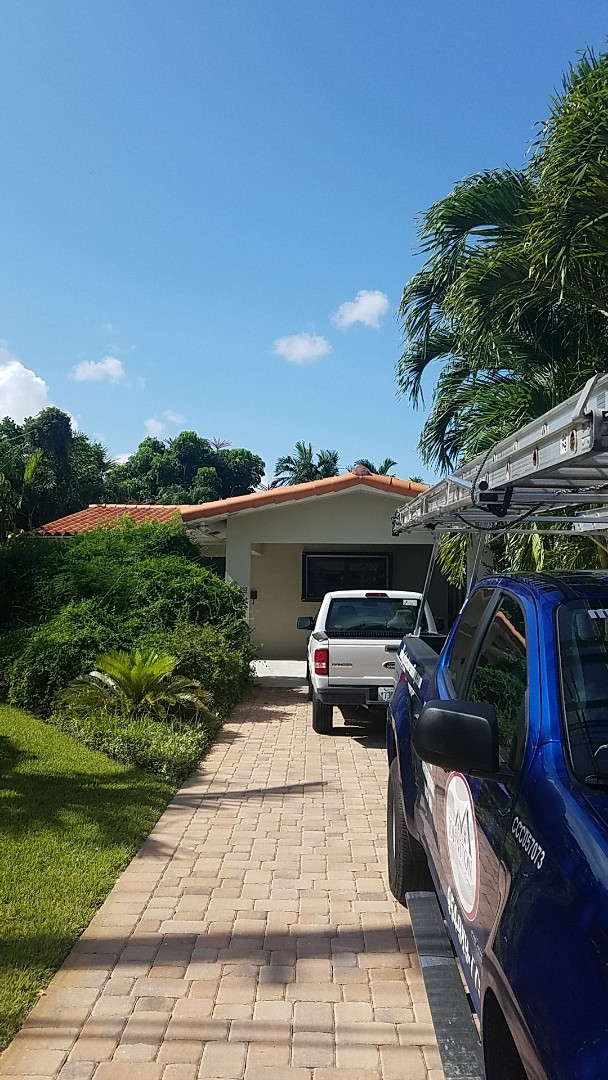 Oakland Park, FL - Tile roof repair estimate by Earl Johnston Roofing
