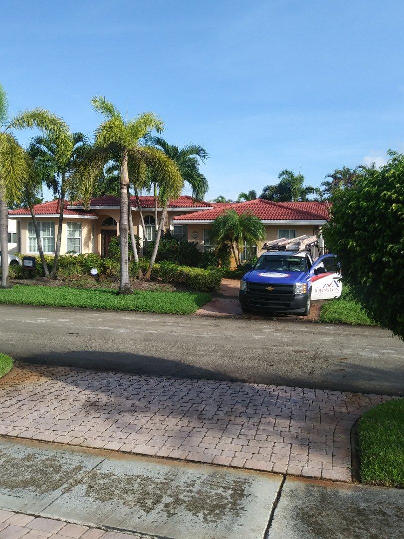 Hollywood, FL - Finished Entegra estate s roof tile