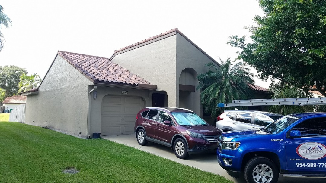 Hollywood, FL - Tile roof cleaning and roof-a-cide estimate in Cooper City, FL