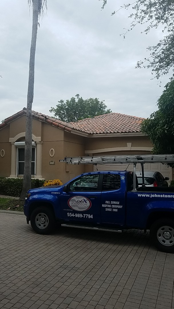 Hollywood, FL - Santafe S tiles reroof estimate by Earl Johnston Roofing Company