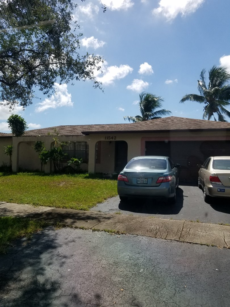 Cooper City, FL - Gaf Timberline HD shingle re-roof is signed up in Cooper City, FL