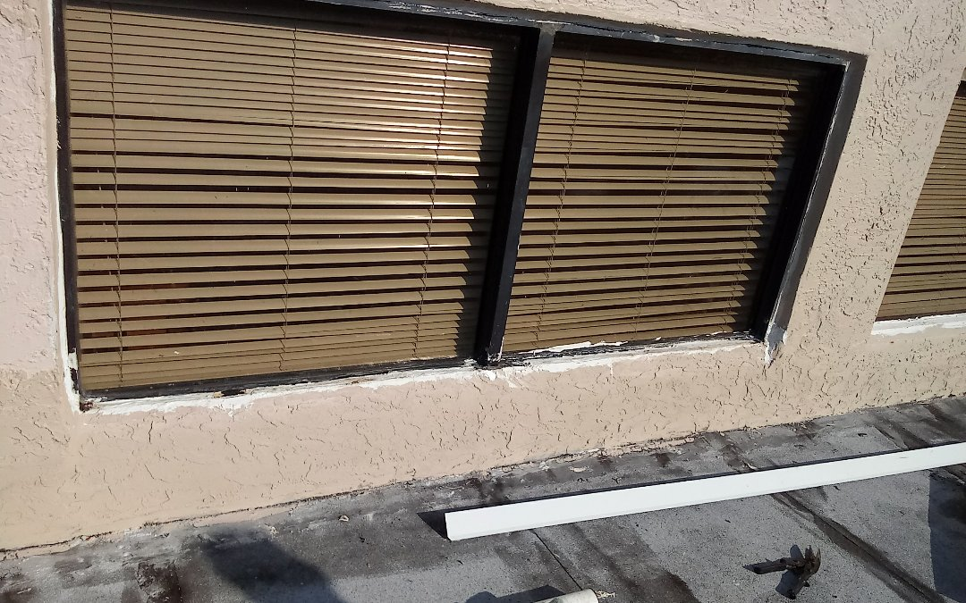 North Miami Beach, FL - Windows repair in the city of Miami fl this repair is being done by earl w Johnston roofing company Jose Duane end Alexis are you repair technician