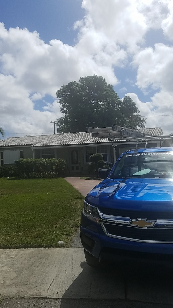 Lauderhill, FL - Eagle Malibu tile reroof estimate by Earl Johnston Roofing Company