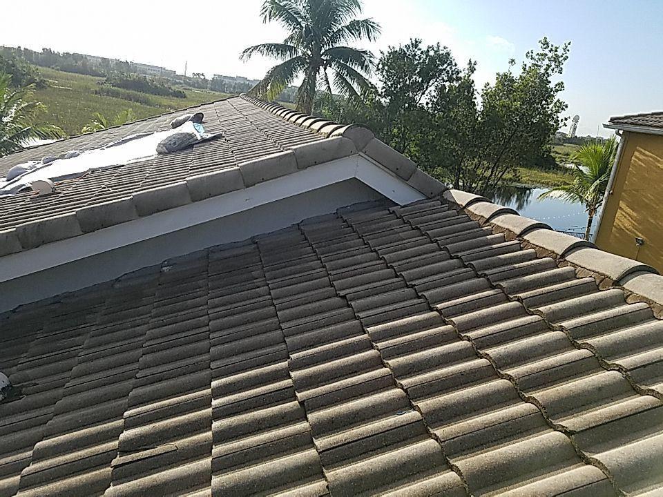 Miramar, FL - Tile re-roof estimate in MIRAMAR,FL