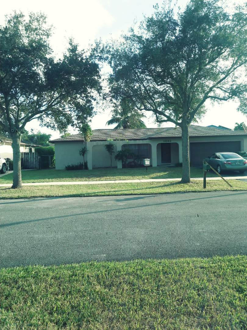 Cooper City, FL - Finished gaf timberline shingle roof by earl w Johnston roofing llc