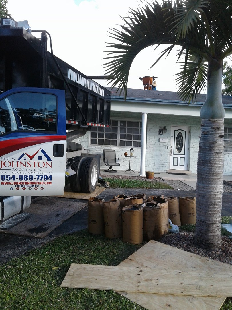 Hollywood, FL - Starting a 21sq.shingle reroof in Hollywood, by Earl w Johnston roofing