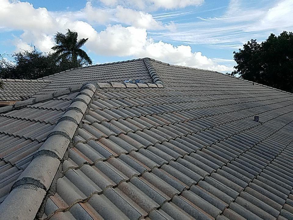 Hollywood, FL - Eagle Malibu tile re-roof estimate in Cooper City, FL