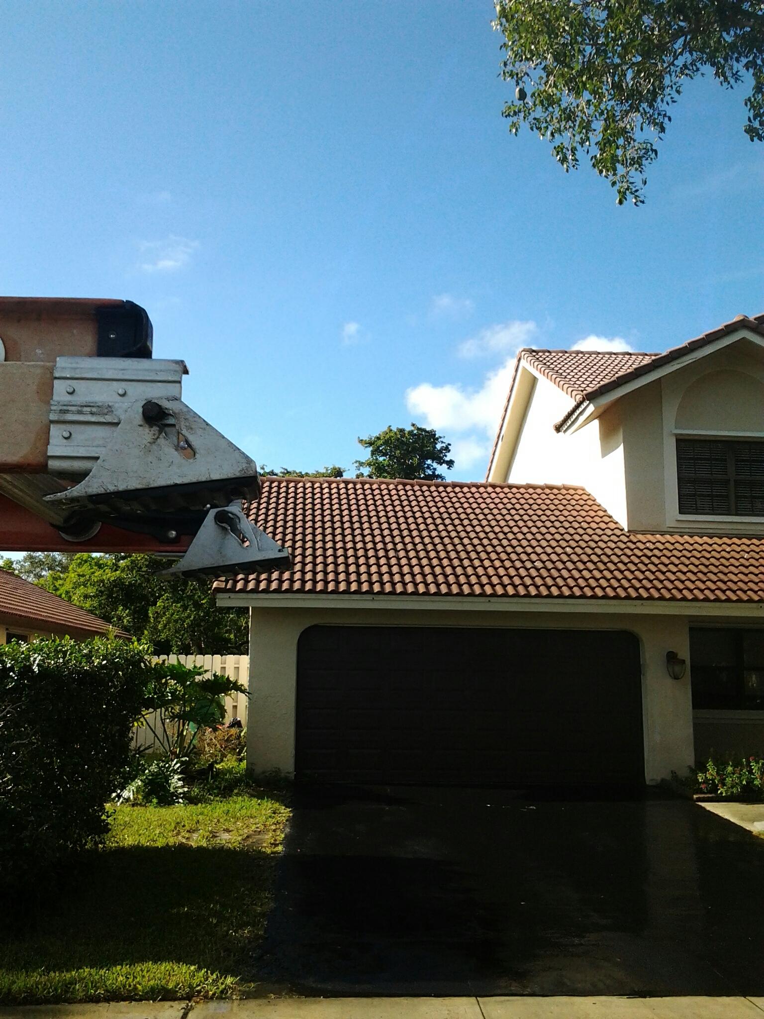 Roof a cide
