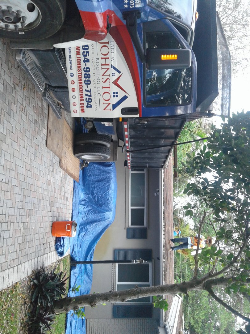 North Miami Beach, FL - Starting a 23sq shingle reroof in North Miami beach, by Earl w Johnston roofing.