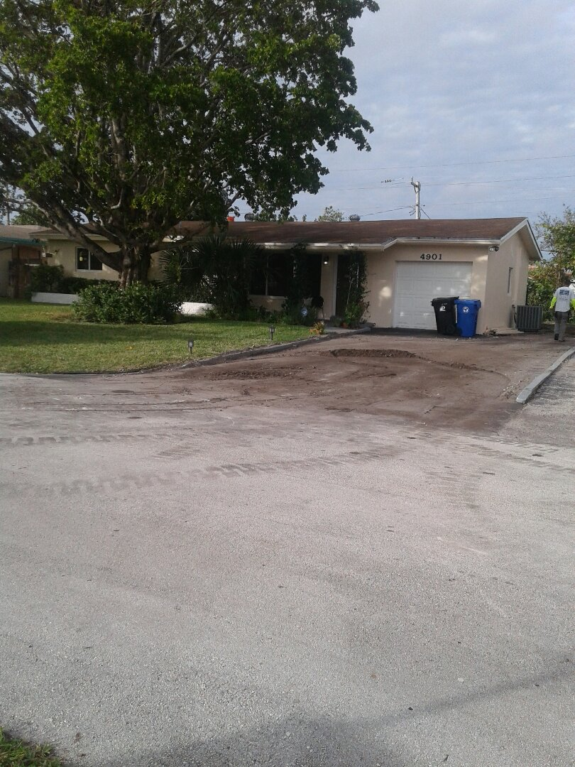 Fort Lauderdale, FL - Shingle roof repair in the city Fort Lauderdale Florida this repairs been done by Earl W. Johnston & Company Tony Regis and Mariner are you a repair technicians