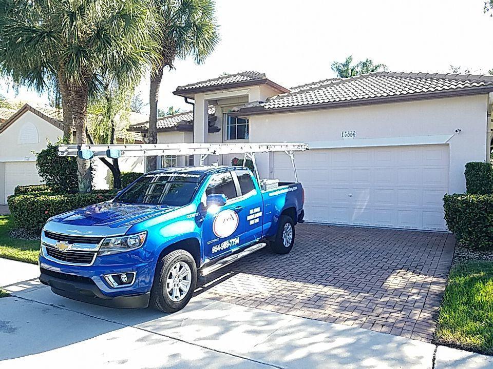 Pembroke Pines, FL - Tile roof replacement estimate in Pembroke Pines, FL