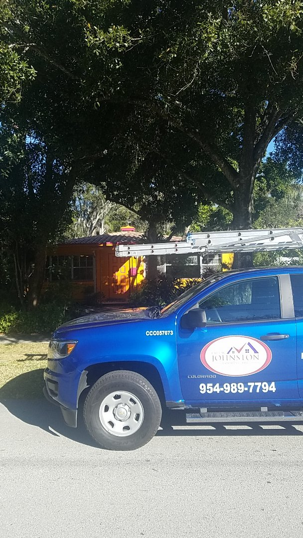 Fort Lauderdale, FL - Tile roof replacement estimate by Earl Johnston Roofing Company
