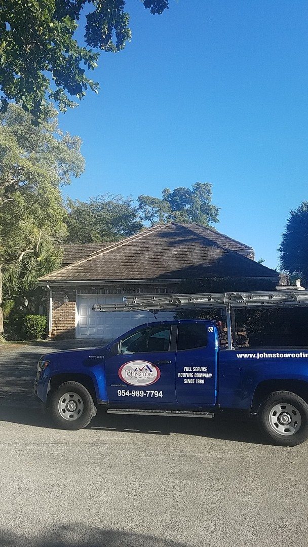 Coral Springs, FL - Tile roof estimate by Earl Johnston Roofing Company