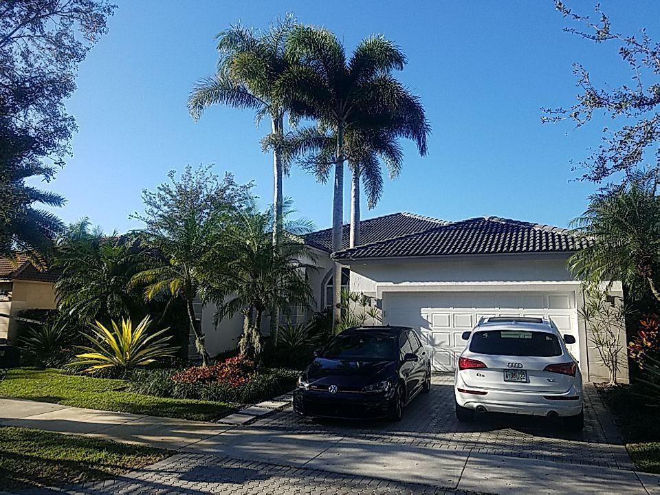 Weston, FL - Tile roof repair estimate in Weston Florida
