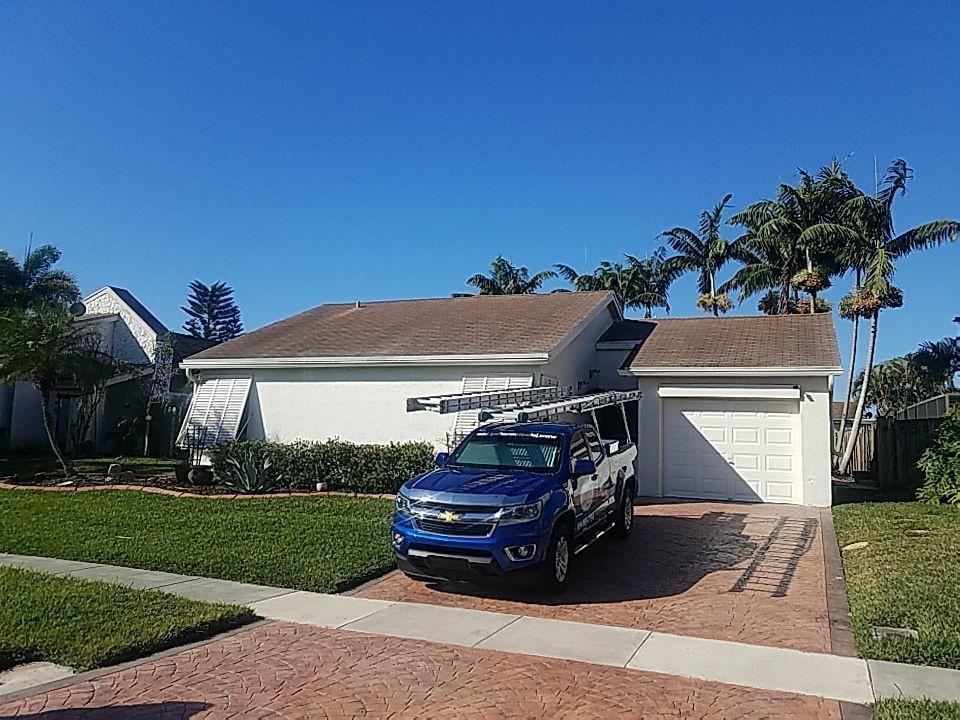 Weston, FL - Shingle roof replacement estimate in Weston,FL