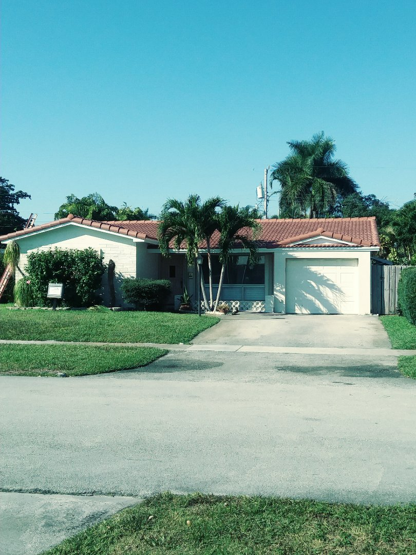 Hollywood, FL - Eagle medium profile tile and flat roof by earl w Johnston roofing llc